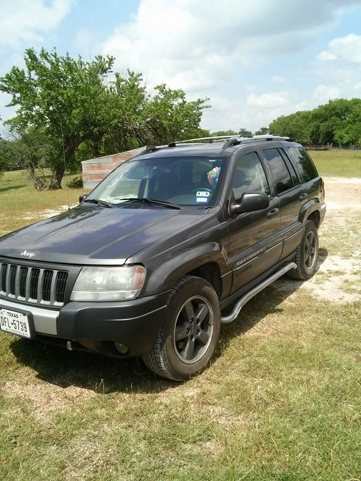 jeep grand cherokee questions i need to locate an engine for a 2004 cherokee laredo its a. Black Bedroom Furniture Sets. Home Design Ideas