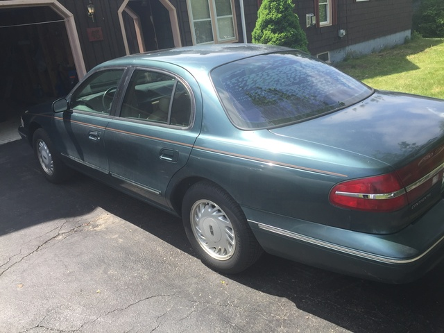 Picture of 1995 Lincoln Continental 4 Dr STD Sedan