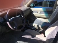 Picture of 2000 Nissan Pathfinder LE 4WD, interior
