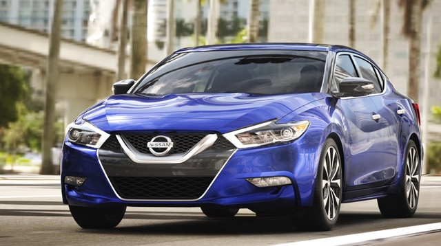 2017 Nissan Maxima, Front-quarter view., exterior, manufacturer, gallery_worthy