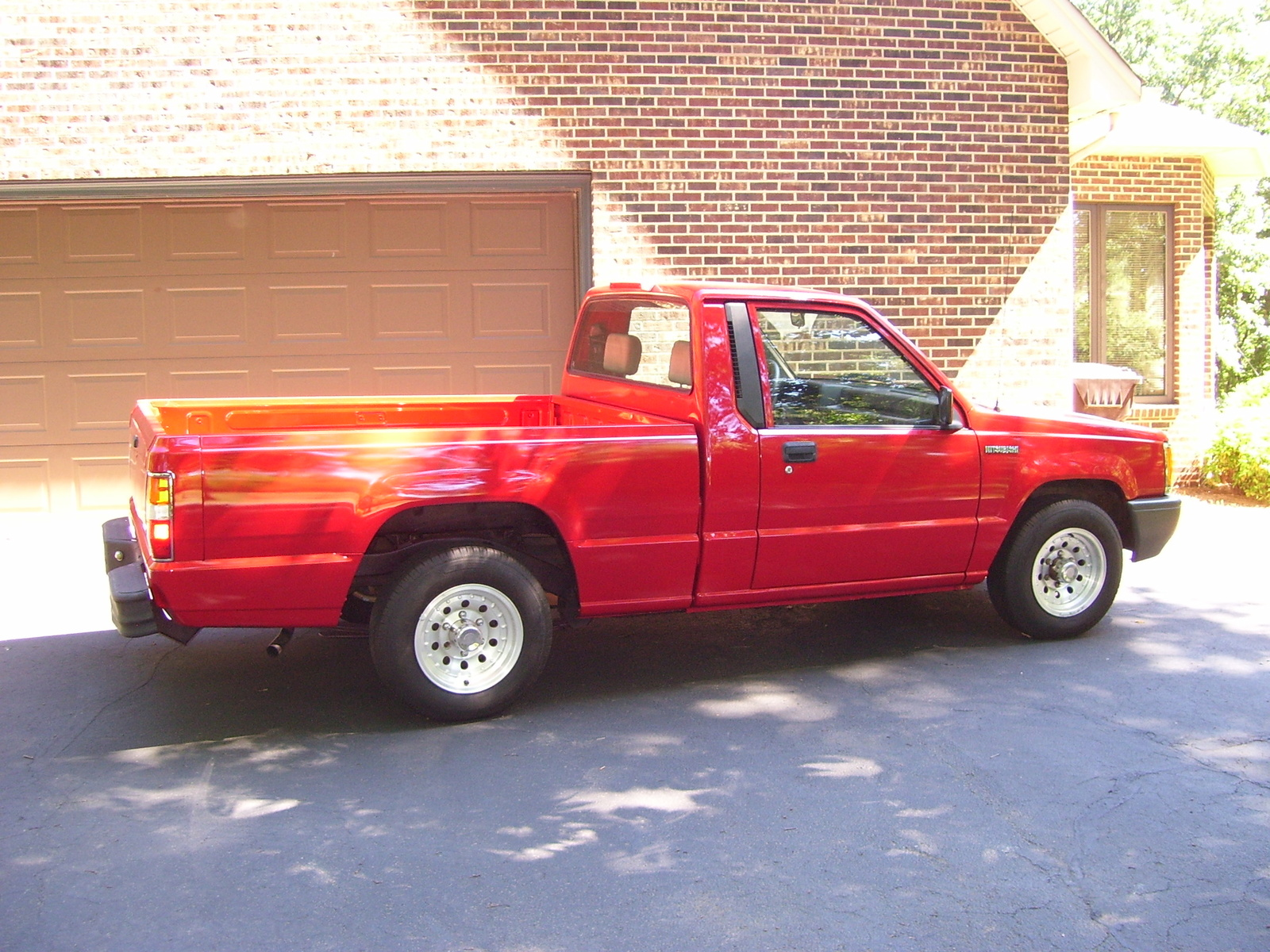 1995 Mitsubishi Mighty Max Pickup Overview C5743 on new de tomaso car