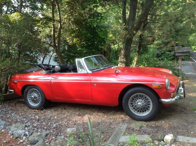 Picture of 1971 MG MGB