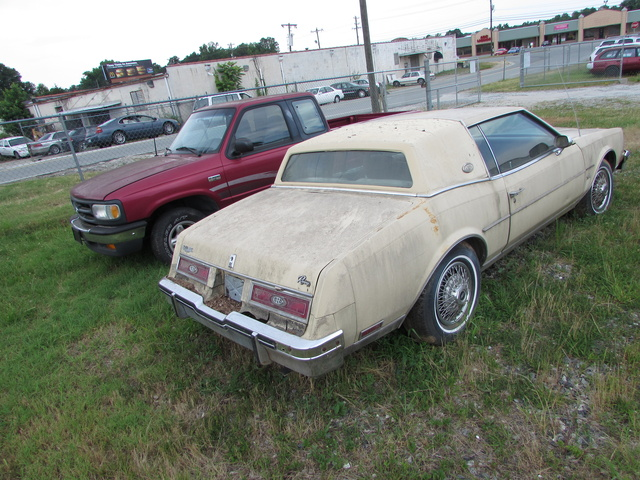 Picture of 1979 Buick Riviera