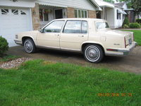 Picture of 1986 Cadillac DeVille Base Sedan, exterior, gallery_worthy