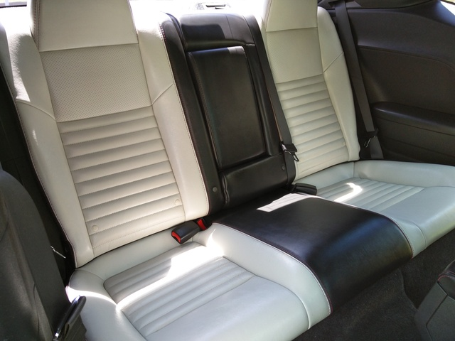 Lovely Picture Of 2010 Dodge Challenger R/T Classic RWD, Interior, Gallery_worthy