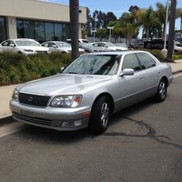 2000 Lexus LS 400 Picture Gallery