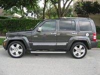 Picture of 2011 Jeep Liberty Limited 4WD