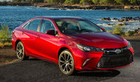 2017 Toyota Camry Picture Gallery
