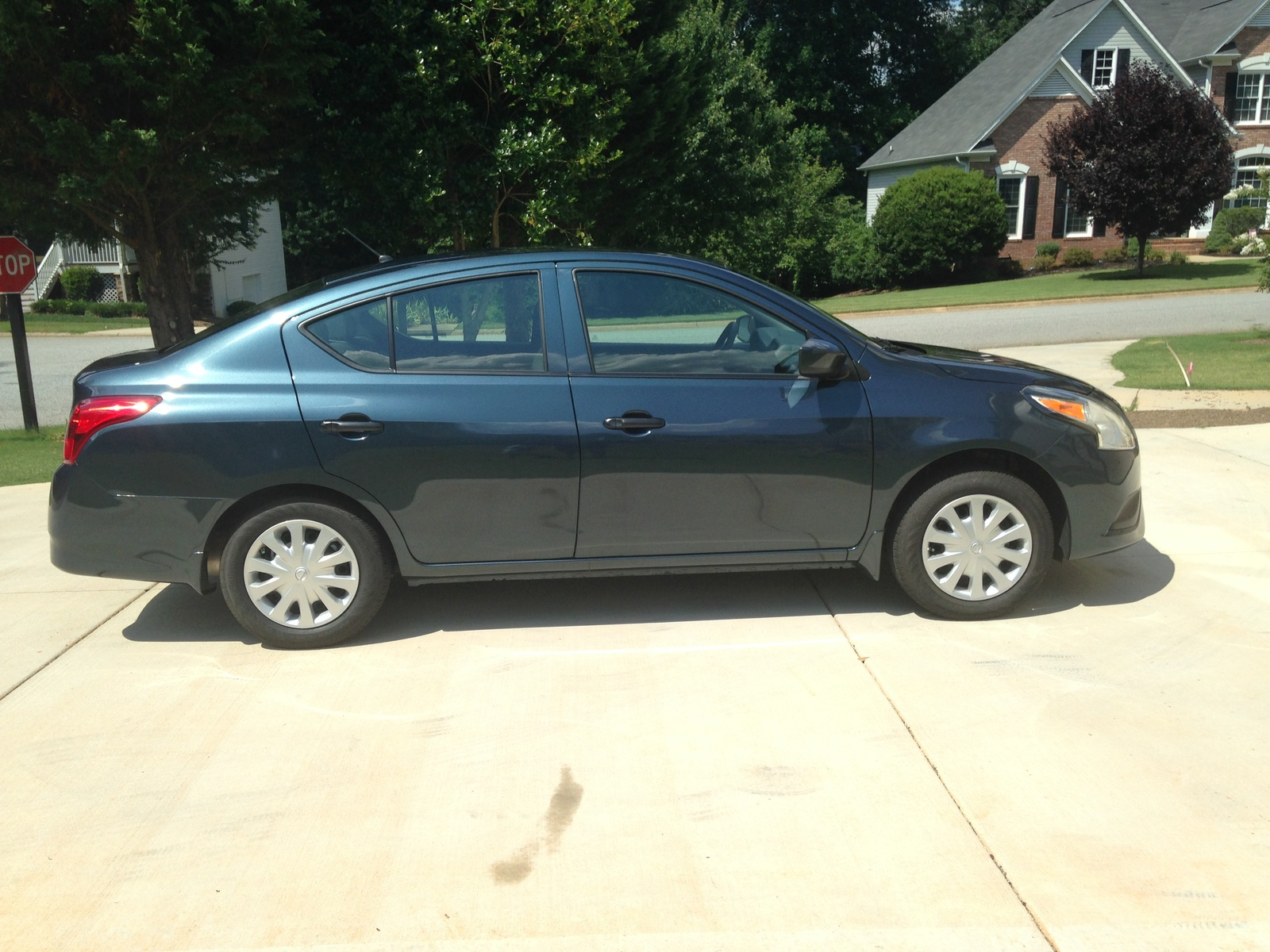 Picture of 2016 Nissan Versa 1.6 S