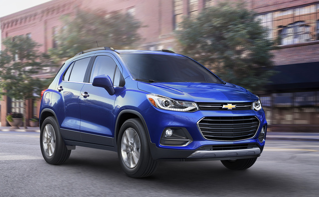 2017 Chevrolet Trax, Front-quarter view. Copyright General Motors., gallery_worthy