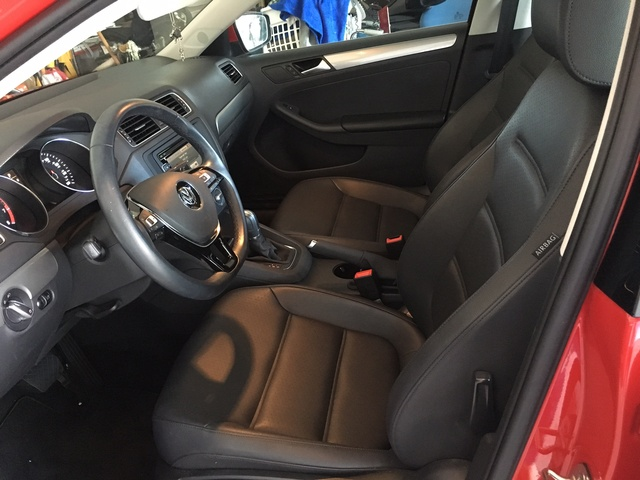 Picture of 2015 Volkswagen Jetta SE with Connectivity, interior, gallery_worthy