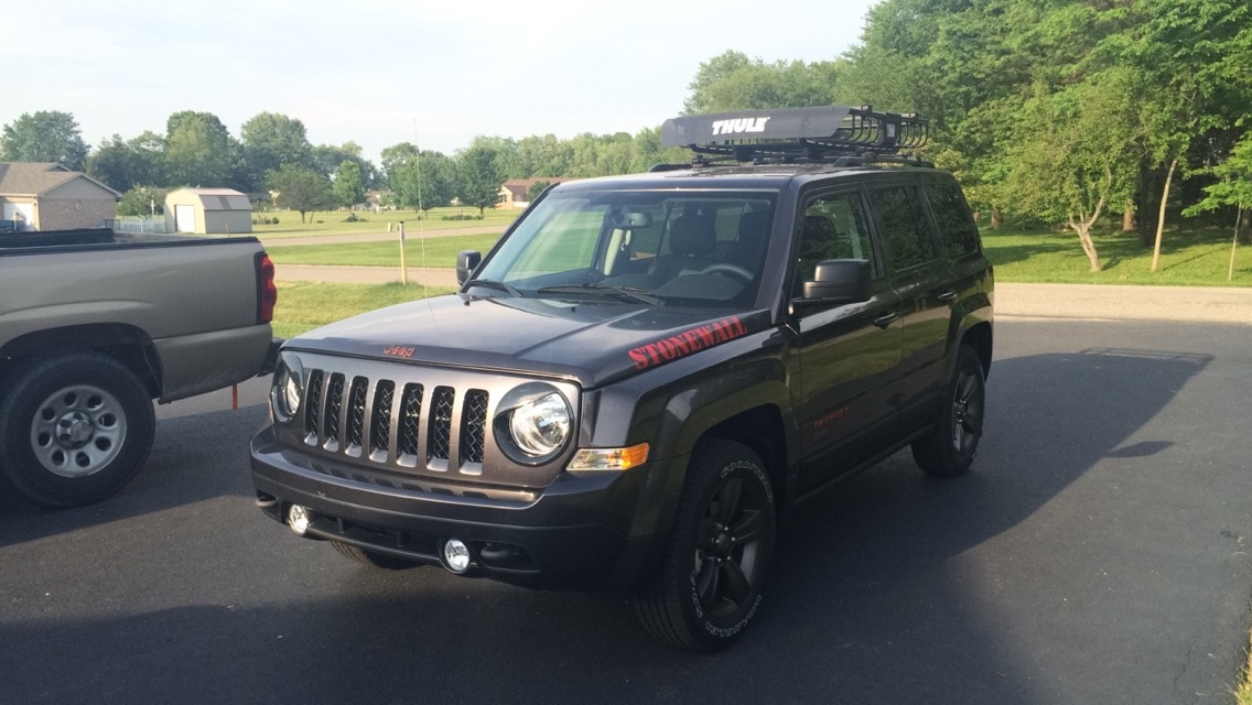 Picture of 2016 Jeep Patriot Sport 75th Anniversary 4WD