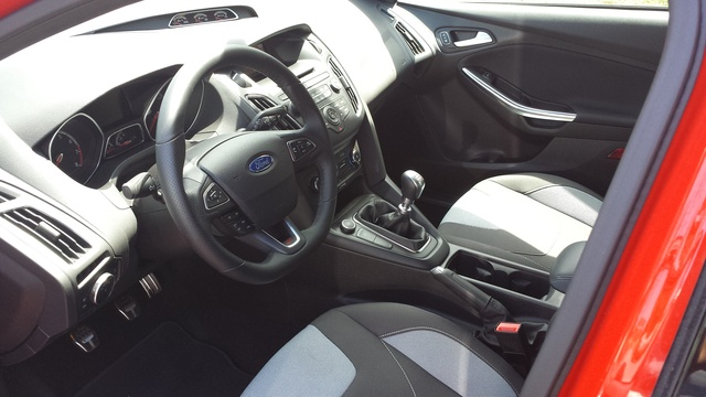 Picture of 2016 Ford Focus ST, interior, gallery_worthy