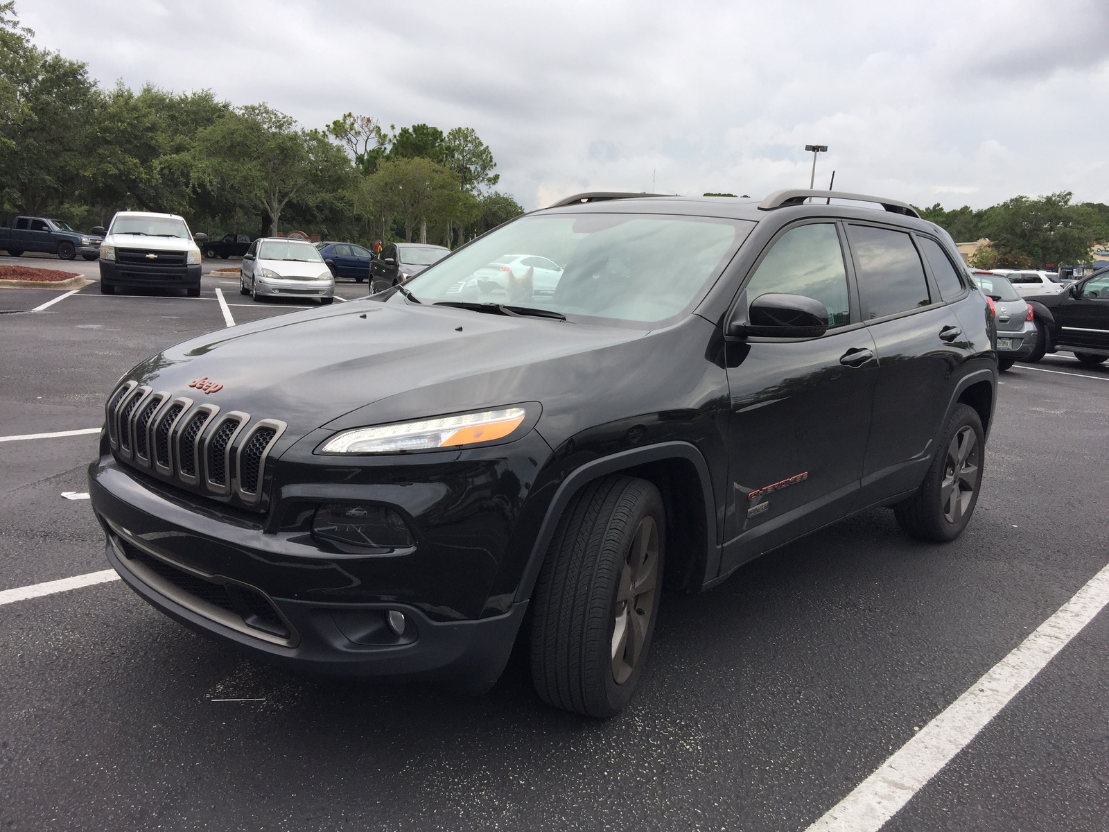 Picture of 2016 Jeep Cherokee Latitude 75th Anniversary 4WD