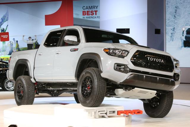 2017 Toyota Tacoma, Front-quarter view, exterior, manufacturer