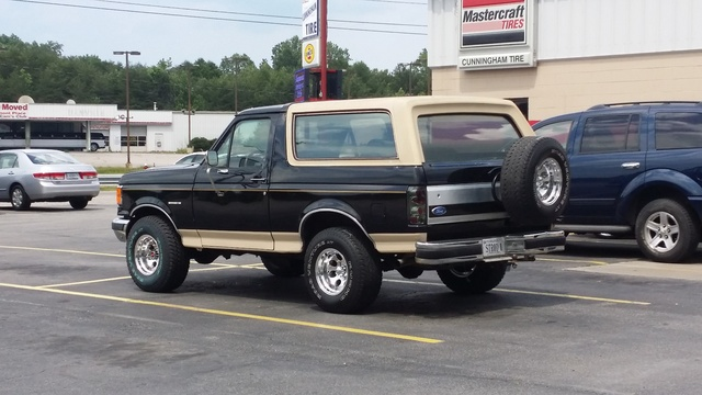 Picture of 1988 Ford Bronco