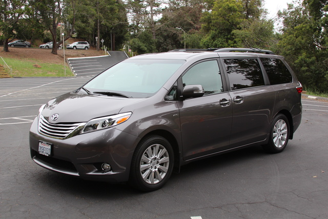 2016 Toyota Sienna Test Drive Review