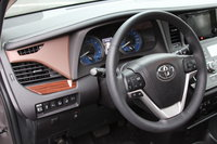 Picture of 2016 Toyota Sienna, interior, manufacturer