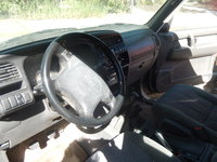 Picture of 1996 Isuzu Trooper 4 Dr S 4WD SUV, interior