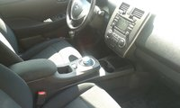 Picture of 2013 Nissan Leaf SL, interior