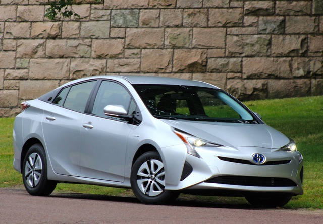 Exterior of the 2016 Toyota Prius, exterior