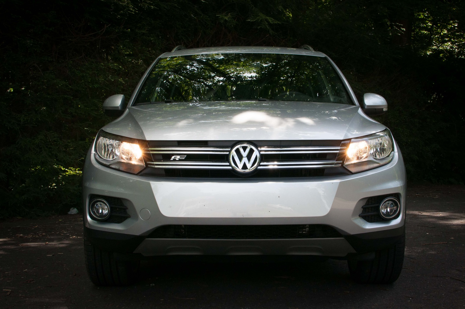 Picture of 2016 Volkswagen Tiguan R-Line 4Motion