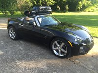 2010 Pontiac Solstice Overview