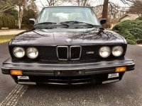 1988 BMW M5 Overview