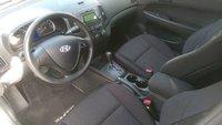 Picture of 2011 Hyundai Elantra Touring GLS, interior