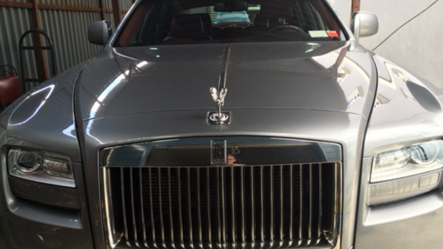 Picture of 2010 Rolls-Royce Ghost Sedan