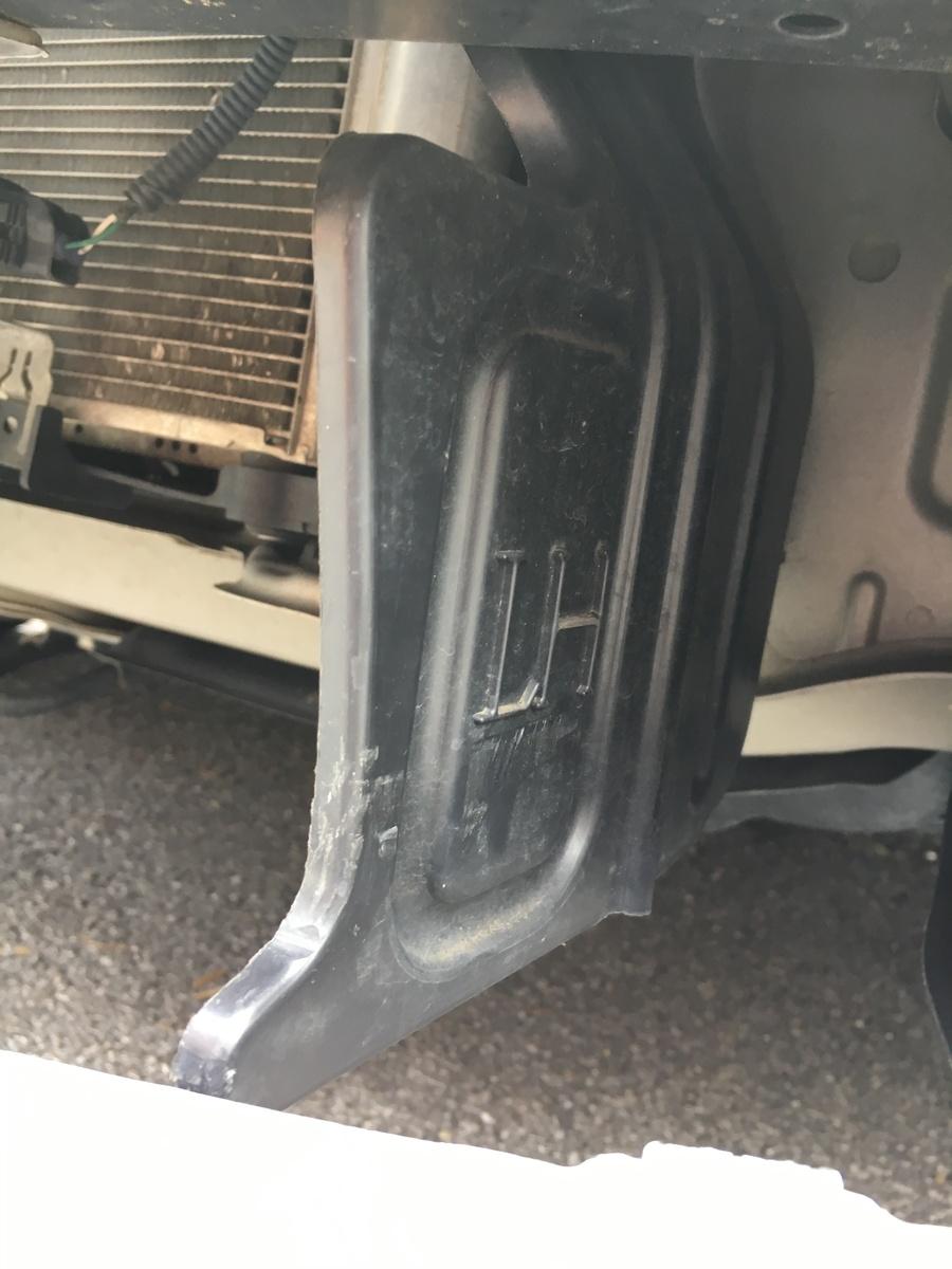 Toyota 2013 corolla front bumper part
