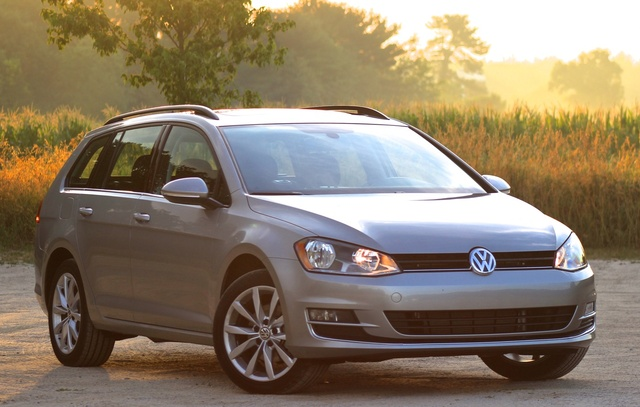 Exterior of the 2016 Volkswagen Jetta SportWagen