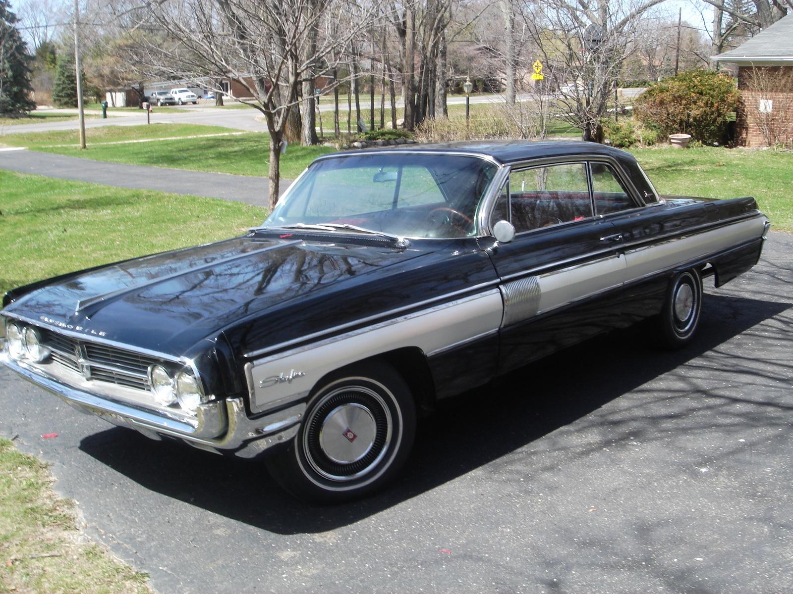 1962 Oldsmobile Starfire Overview Cargurus