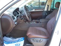 Picture of 2012 Volkswagen Touareg TDI Lux, interior