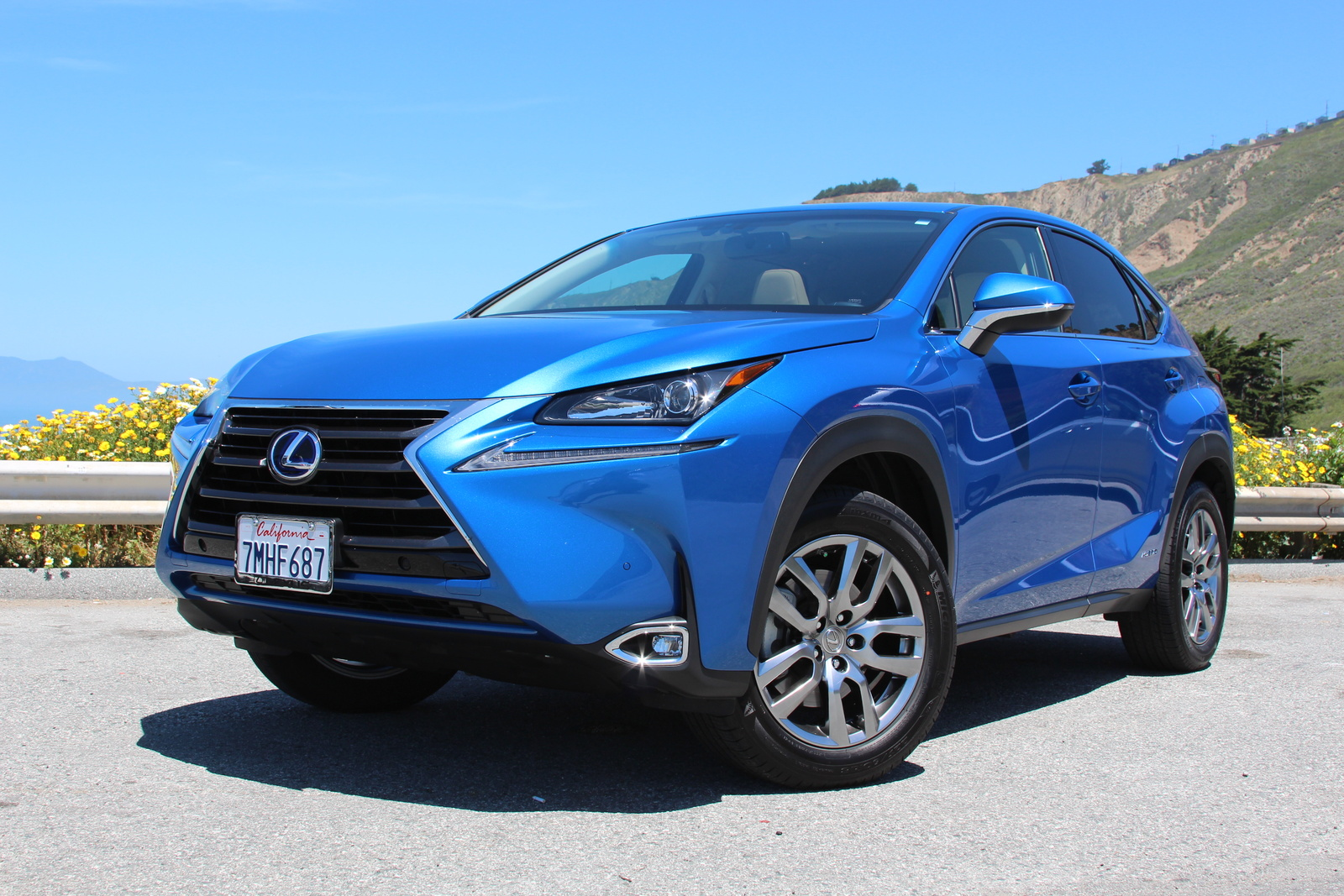 Picture of 2016 Lexus NX 300h