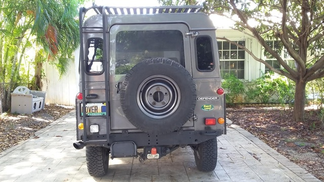 Picture of 1990 Land Rover Defender