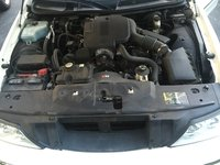 Picture of 2004 Lincoln Town Car Ultimate L, engine