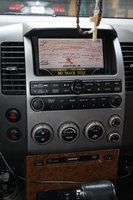 Picture of 2005 Nissan Pathfinder LE, interior