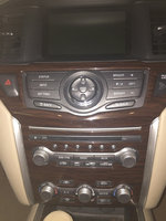 Picture of 2013 Nissan Pathfinder SL, interior