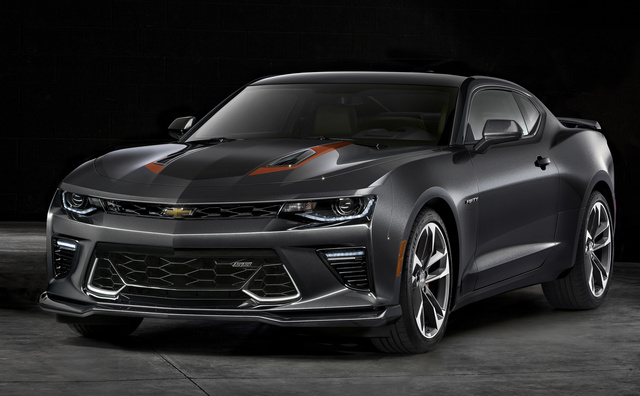 2017 Chevrolet Camaro, Front-quarter view, gallery_worthy