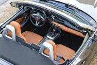Interior of the 2017 Fiat 124 Spider, interior