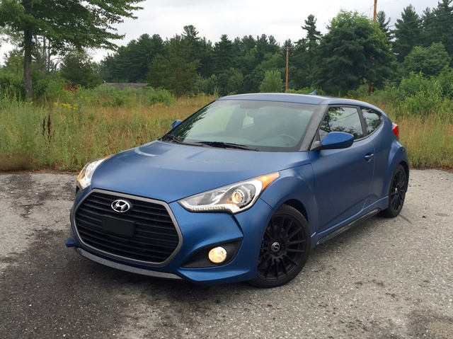 2016 Hyundai Veloster Rally Edition Front Three Quarter