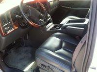 Picture of 2004 Chevrolet Avalanche 1500, interior