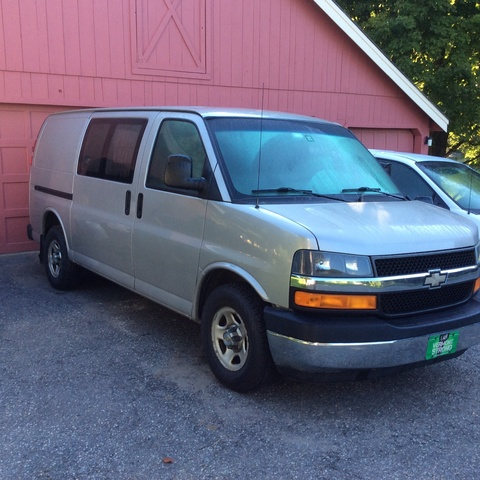 Picture of 2005 Chevrolet Express Cargo 3 Dr G1500 AWD Cargo Van