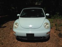2004 Volkswagen Beetle Picture Gallery