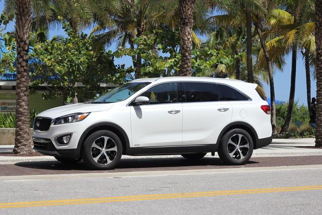 Picture of 2016 Kia Sorento EX AWD, exterior, gallery_worthy