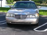 Picture of 2002 Lincoln Town Car Signature Premium, exterior