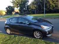 Picture of 2013 Toyota Prius c Three, exterior