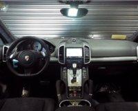 Picture of 2014 Porsche Cayenne GTS, interior