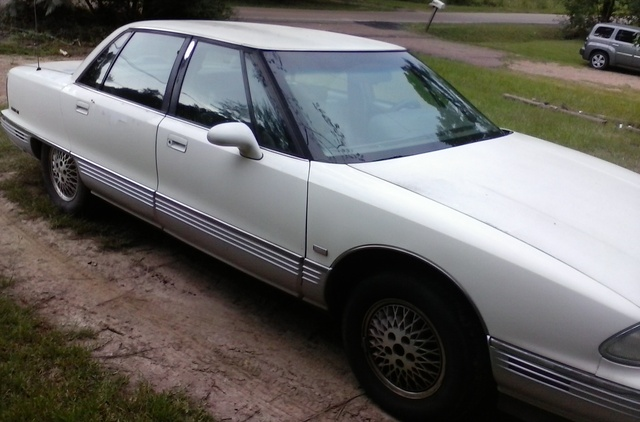 Picture of 1992 Oldsmobile Ninety-Eight 4 Dr Regency Sedan
